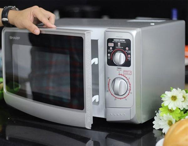 Dịch vụ sửa lò vi sóng tại nhà ở TPHCM giá rẻ